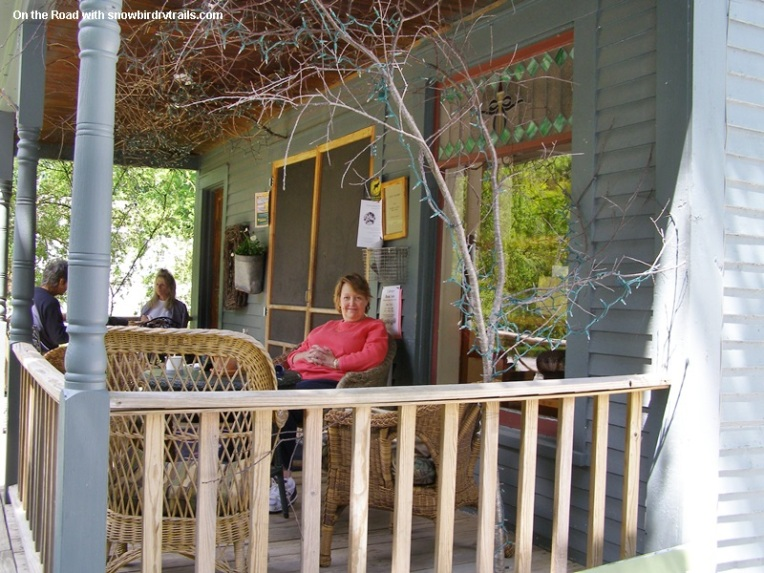 The front porch of Sissy's Kitchen in Middletown Springs Vermont