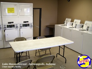 Laundry facility in Lake Haven RV Park